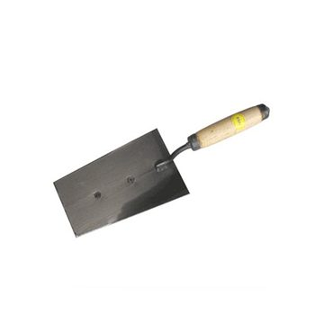 Кельма отделочника с деревянной ручкой